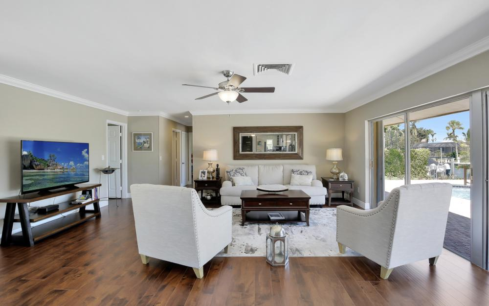 807 Fairlawn Ct, Marco Island - Home For Sale 153180410