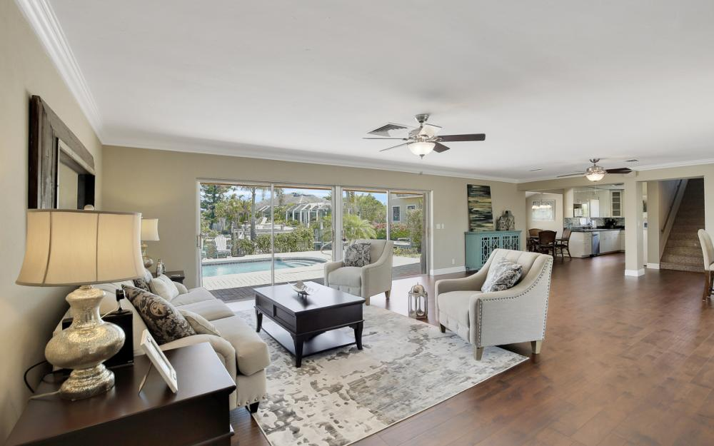 807 Fairlawn Ct, Marco Island - Home For Sale 1148065536