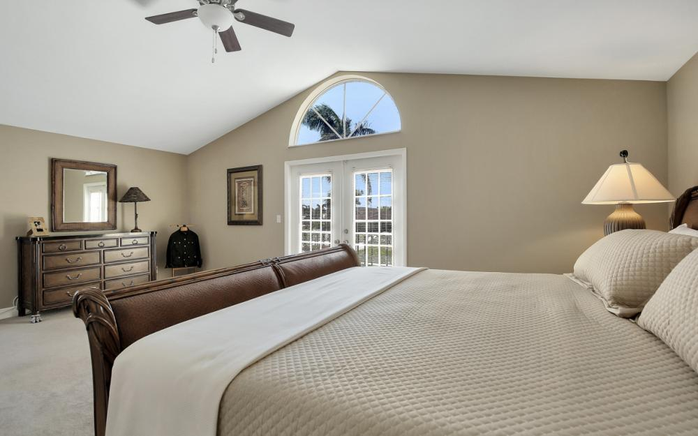 807 Fairlawn Ct, Marco Island - Home For Sale 1481818948