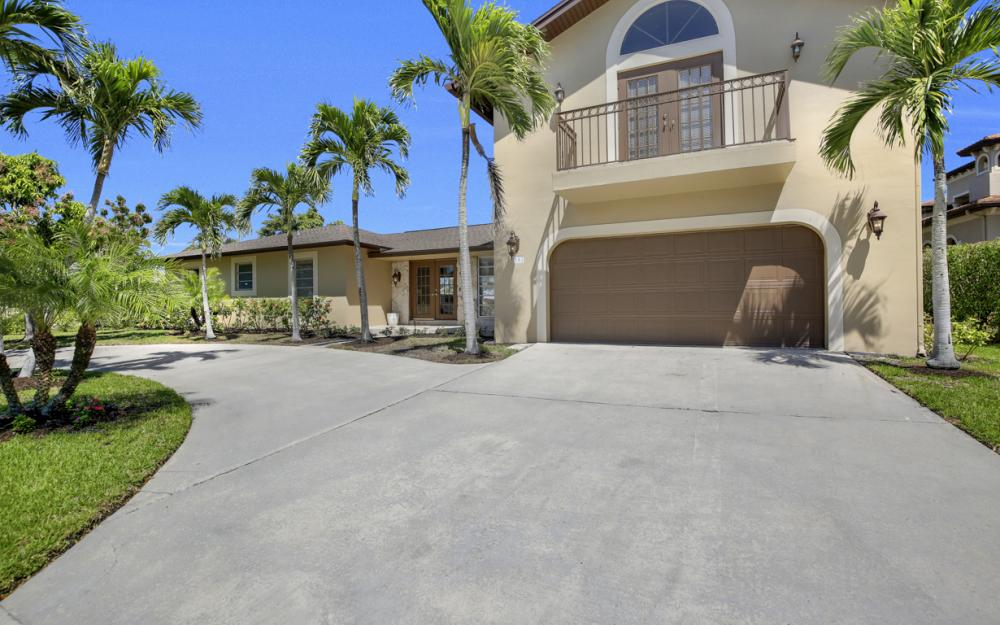807 Fairlawn Ct, Marco Island - Home For Sale 1909903879