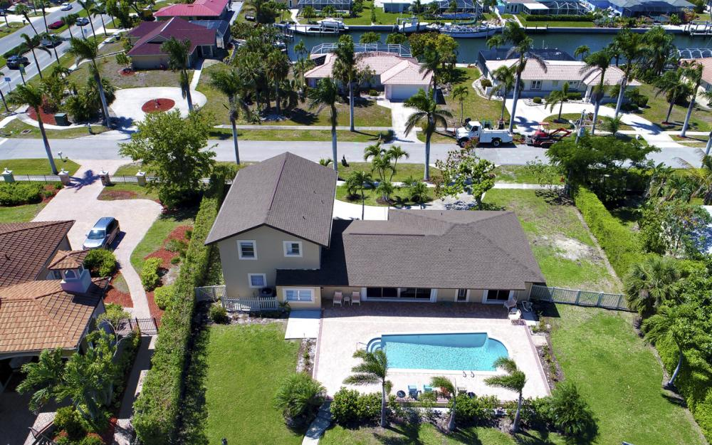 807 Fairlawn Ct, Marco Island - Home For Sale 1224464340