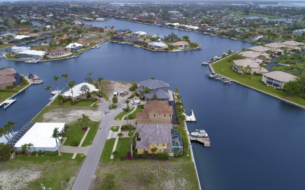 129 S Seas Ct, Marco Island - Lot For Sale 758126614