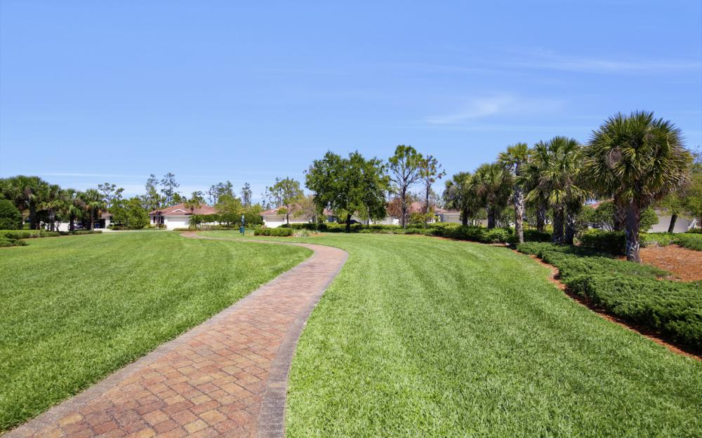 9249 Aviano Dr, Fort Myers - Home For Sale 517565794