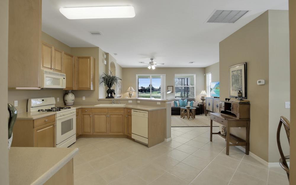9249 Aviano Dr, Fort Myers - Home For Sale 831088578