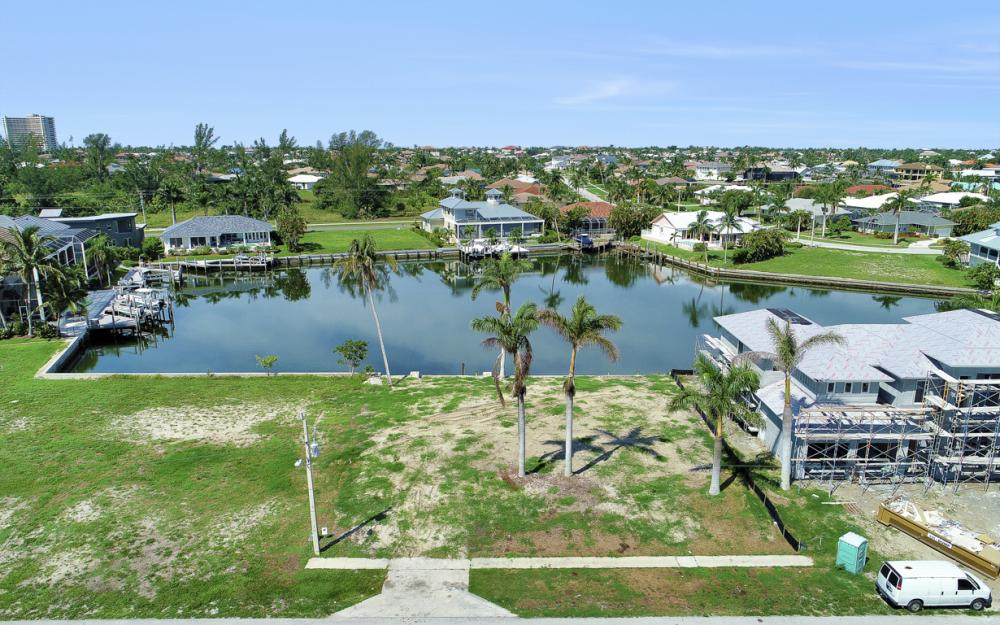 685 Cameo Ct, Marco Island - Lot For Sale 1361857798