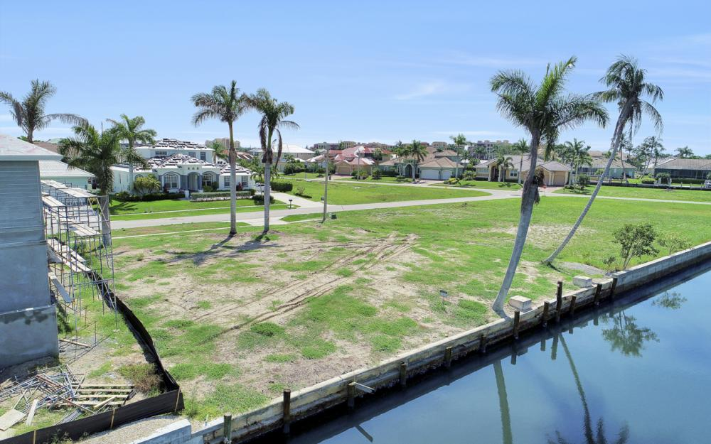 685 Cameo Ct, Marco Island - Lot For Sale 1336325519
