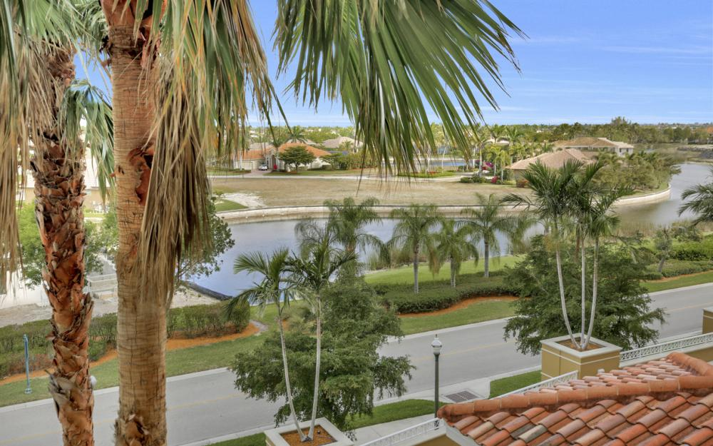 6061 Silver King Blvd. #206 Cape Coral - Condo For Sale 2069867427