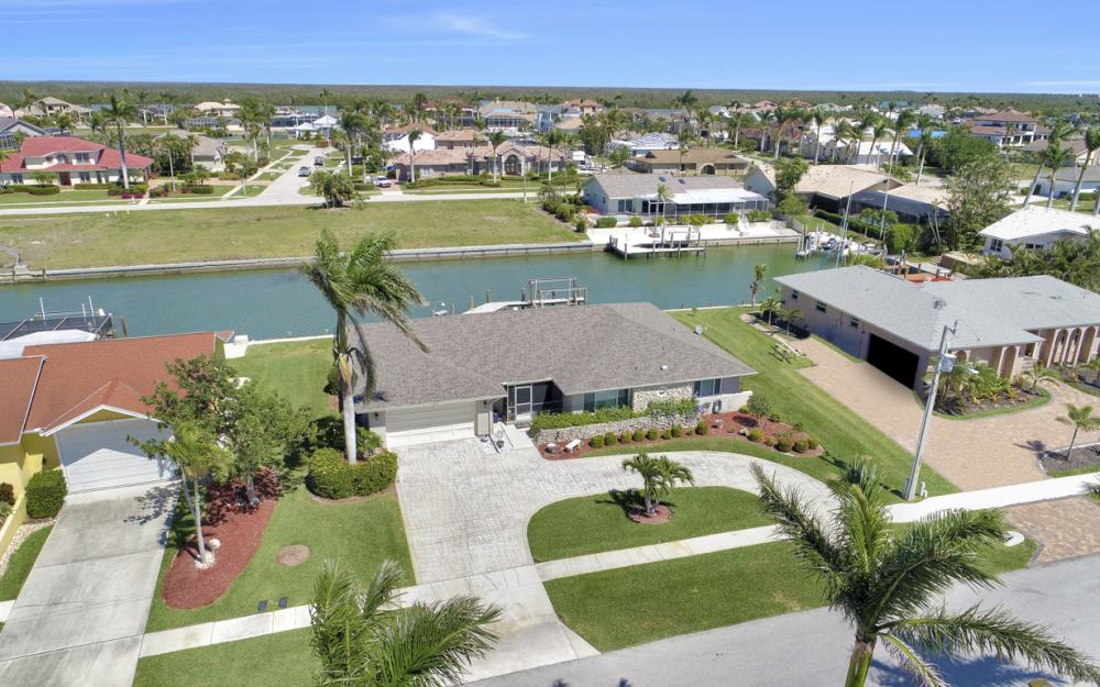 213 Windbrook Ct, Marco Island - Home For Sale 1137776344