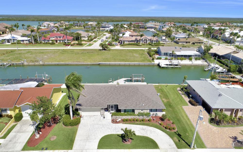 213 Windbrook Ct, Marco Island - Home For Sale 79226831