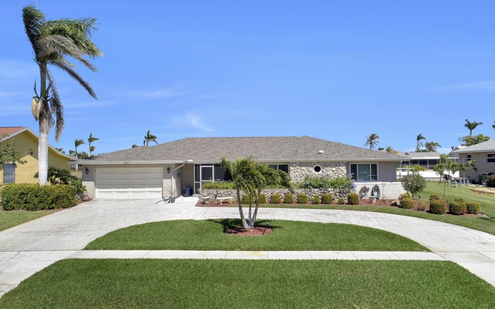 213 Windbrook Ct, Marco Island - Home For Sale 1153179017