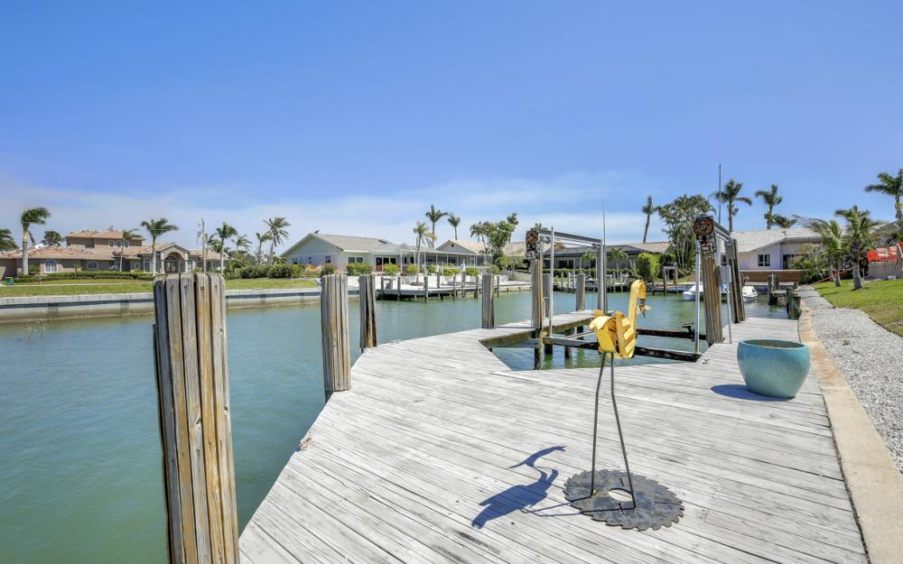 213 Windbrook Ct, Marco Island - Home For Sale 864436094
