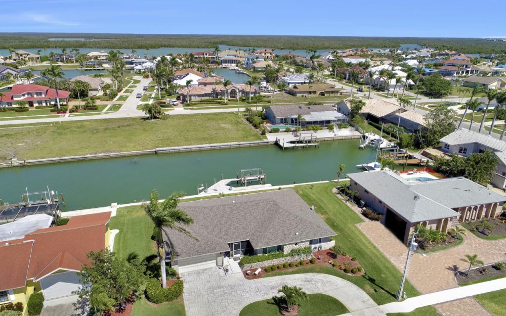 213 Windbrook Ct, Marco Island - Home For Sale 501077531