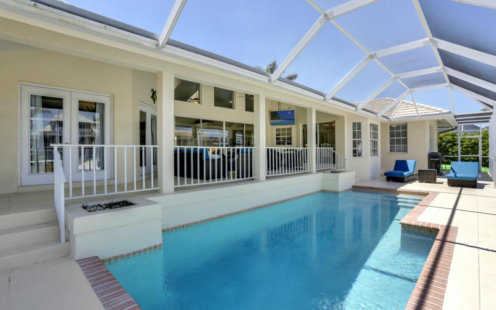 390 Henderson Ct, Marco Island -  Home For Sale 311682287
