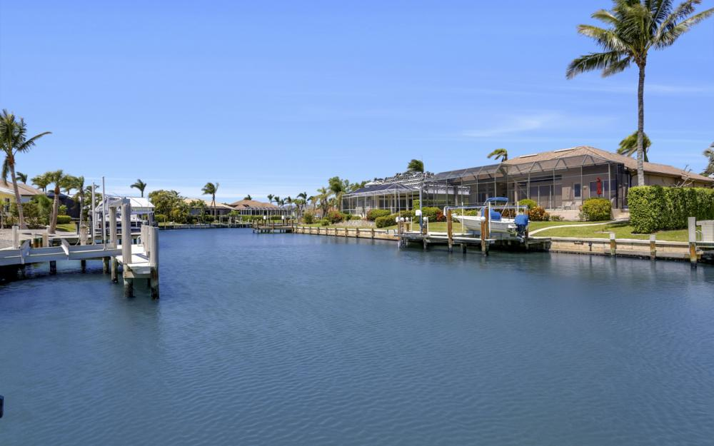 390 Henderson Ct, Marco Island -  Home For Sale 395134360