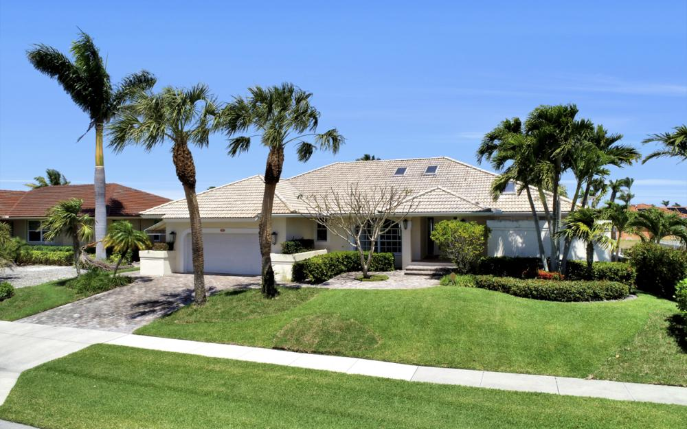 390 Henderson Ct, Marco Island -  Home For Sale 651748836