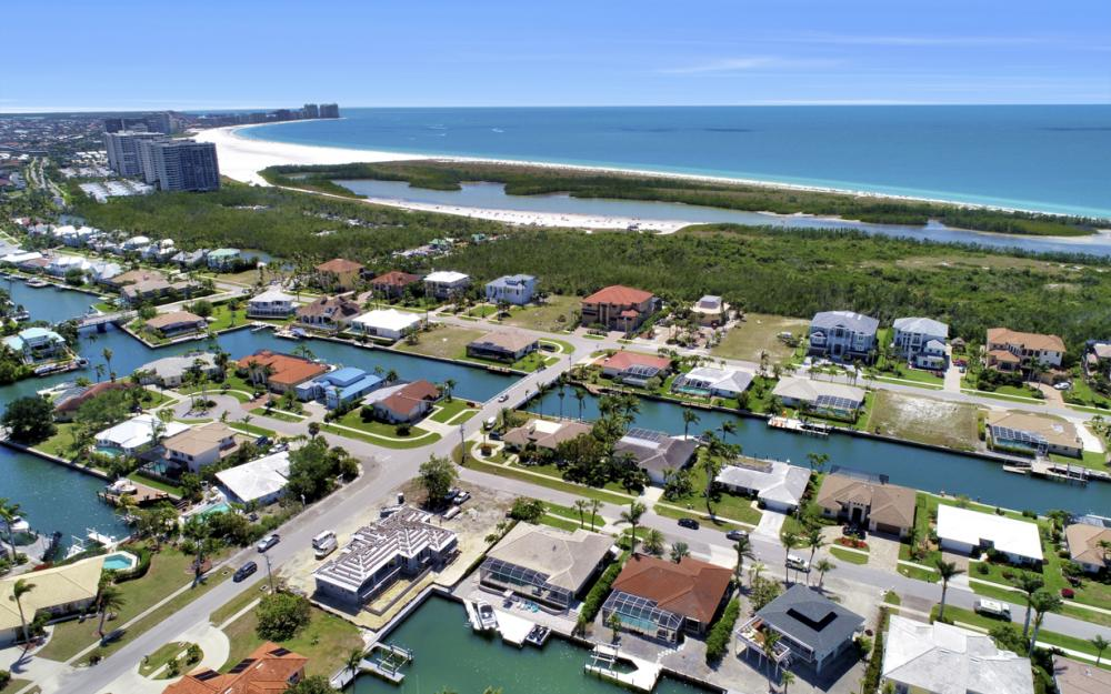 390 Henderson Ct, Marco Island -  Home For Sale 1071287383