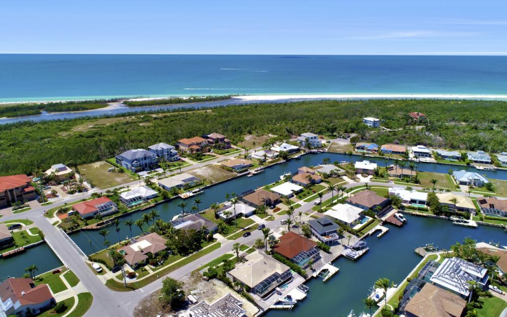 390 Henderson Ct, Marco Island -  Home For Sale 153212544