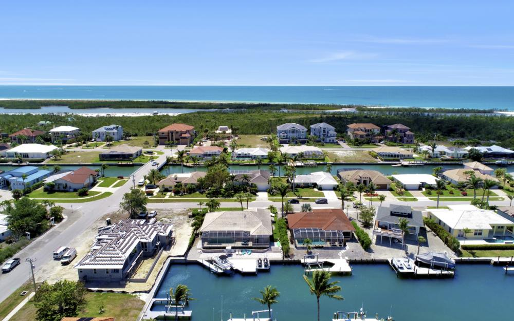 390 Henderson Ct, Marco Island -  Home For Sale 933261488