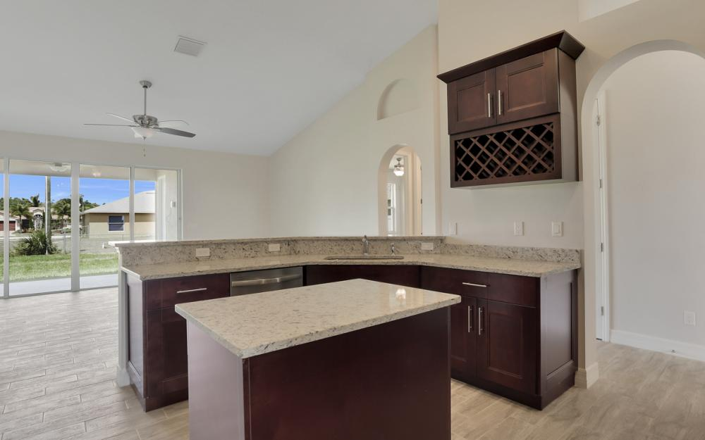 1935 SW 37th Ter, Cape Coral - Home For Sale 772686104
