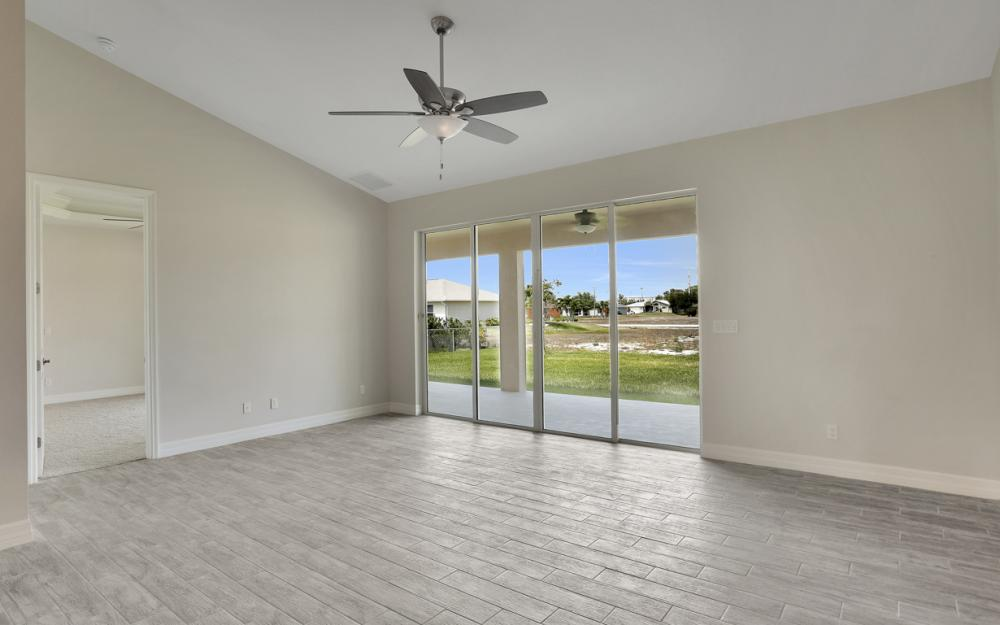 1935 SW 37th Ter, Cape Coral - Home For Sale 1637288819
