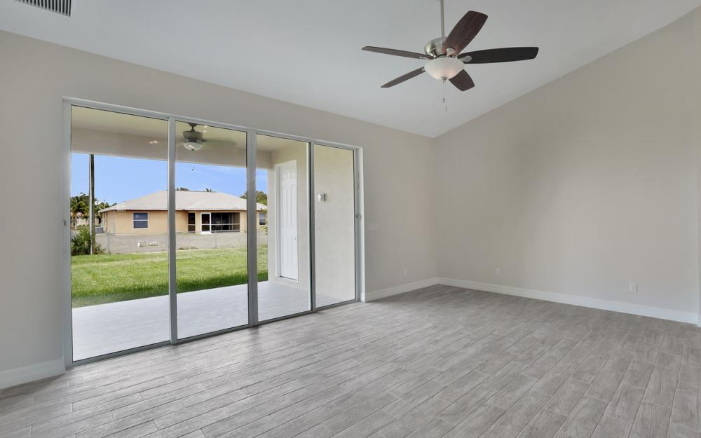 1935 SW 37th Ter, Cape Coral - Home For Sale 1961249198