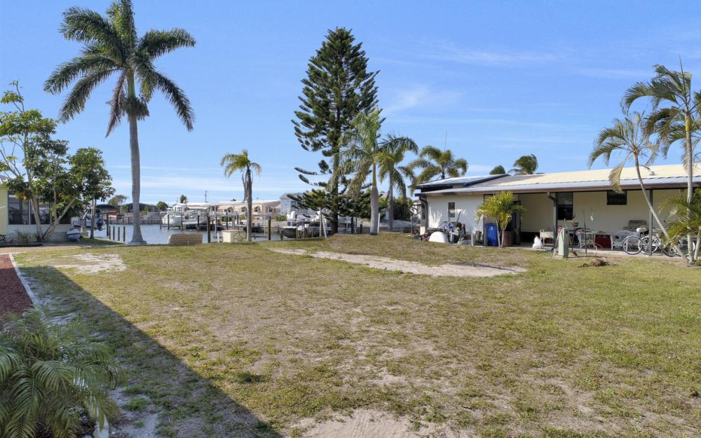 2853 York Rd, St James City - Lot For Sale 1390791957