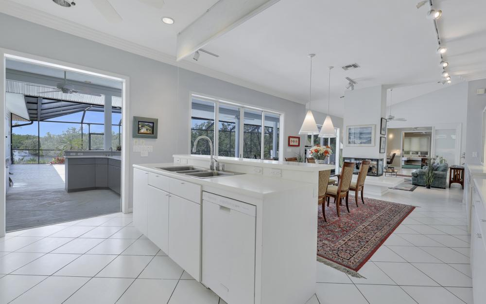15660 Light Blue Cir, Fort Myers - Home For Sale 788270173