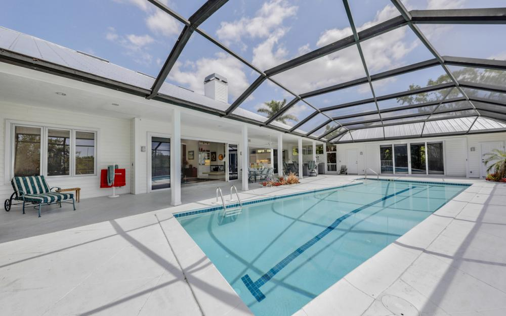15660 Light Blue Cir, Fort Myers - Home For Sale 1233175114