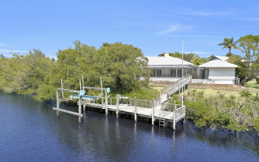 15660 Light Blue Cir, Fort Myers - Home For Sale 1345688055
