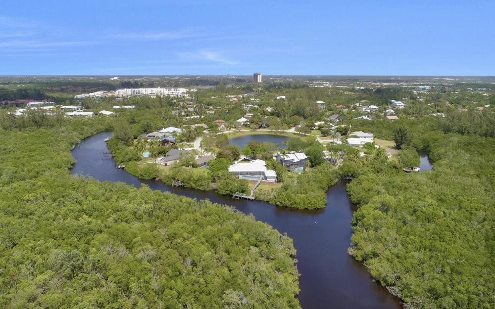 15660 Light Blue Cir, Fort Myers - Home For Sale 327026131