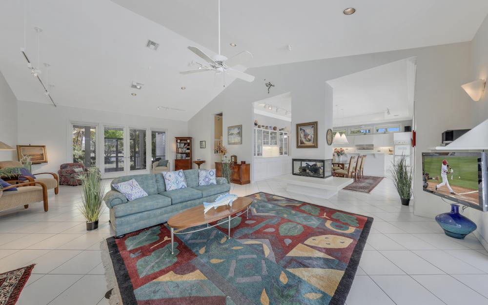 15660 Light Blue Cir, Fort Myers - Home For Sale 763399765