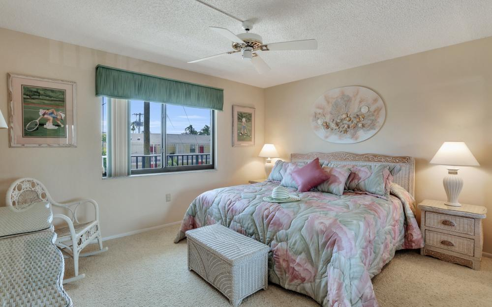 2088 Estero Blvd #2E, Fort Myers Beach - Condo For Sale 1001949994