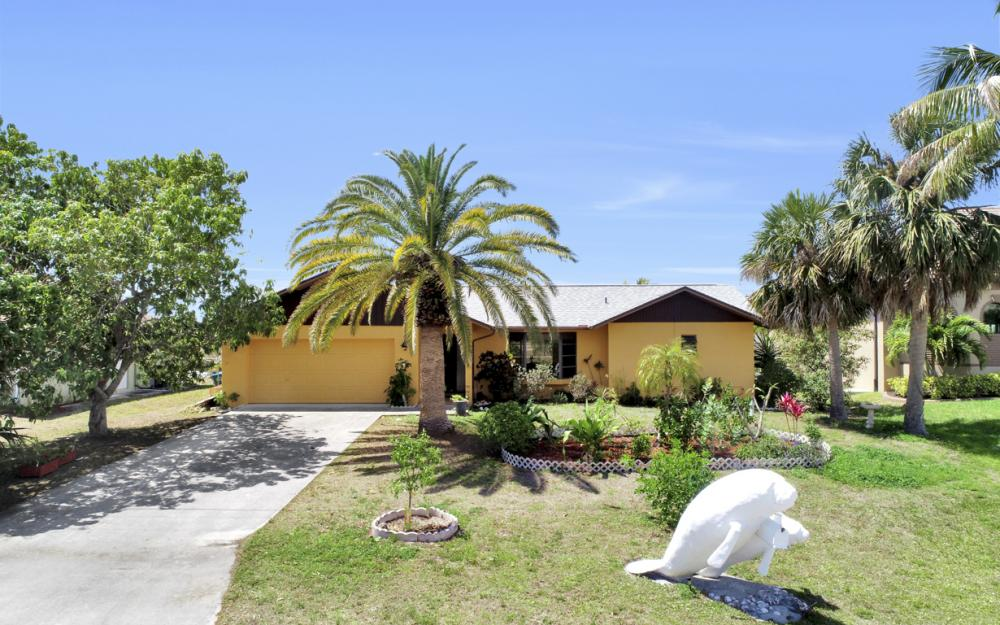 436 SW 39th Ave, Cape Coral - Home For Sale 525010843