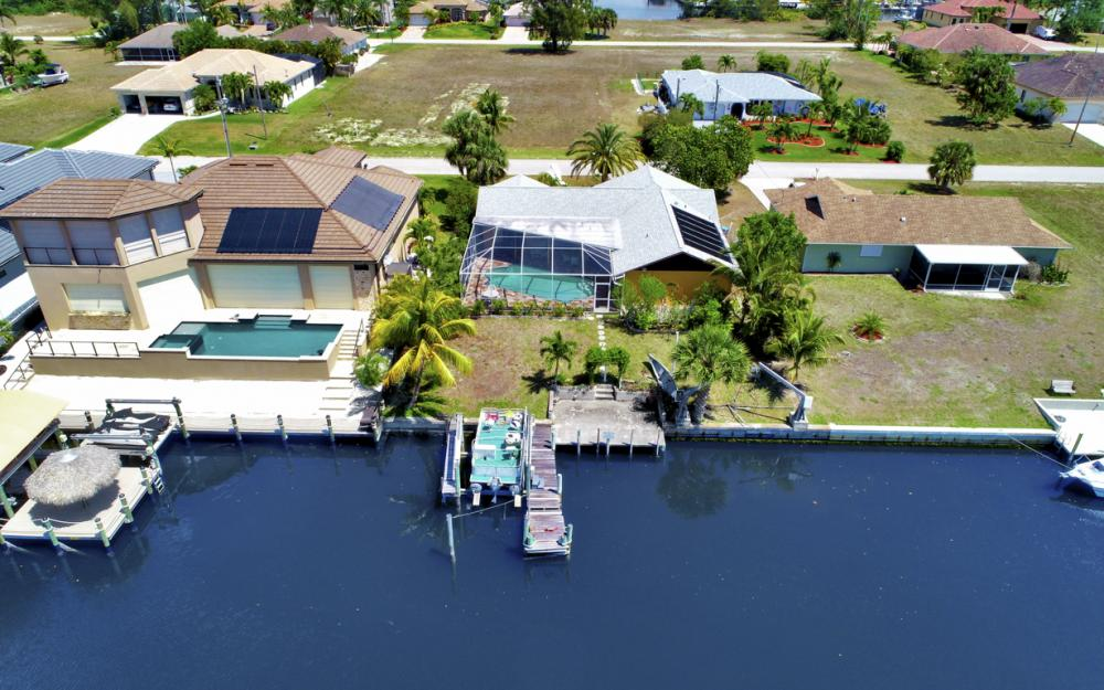 436 SW 39th Ave, Cape Coral - Home For Sale 141604224