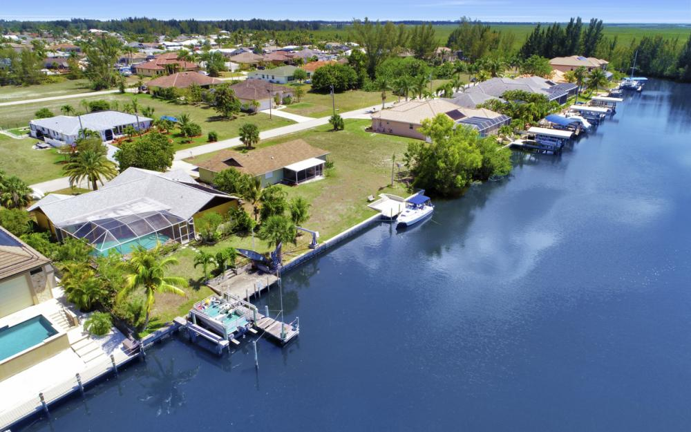 436 SW 39th Ave, Cape Coral - Home For Sale 148736146