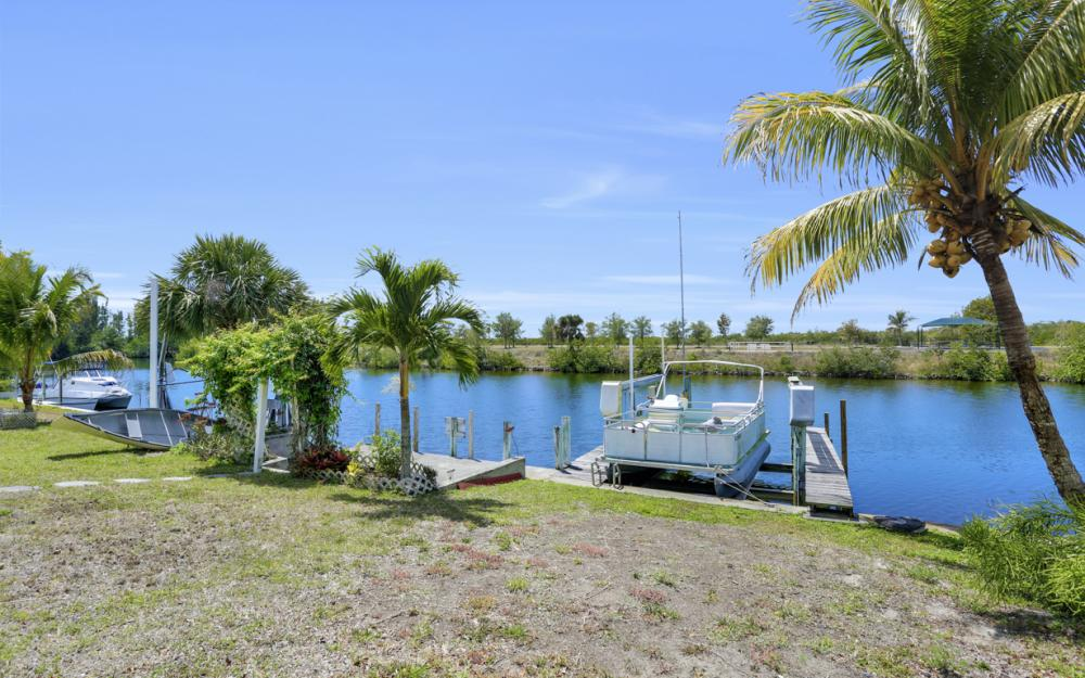 436 SW 39th Ave, Cape Coral - Home For Sale 154348222