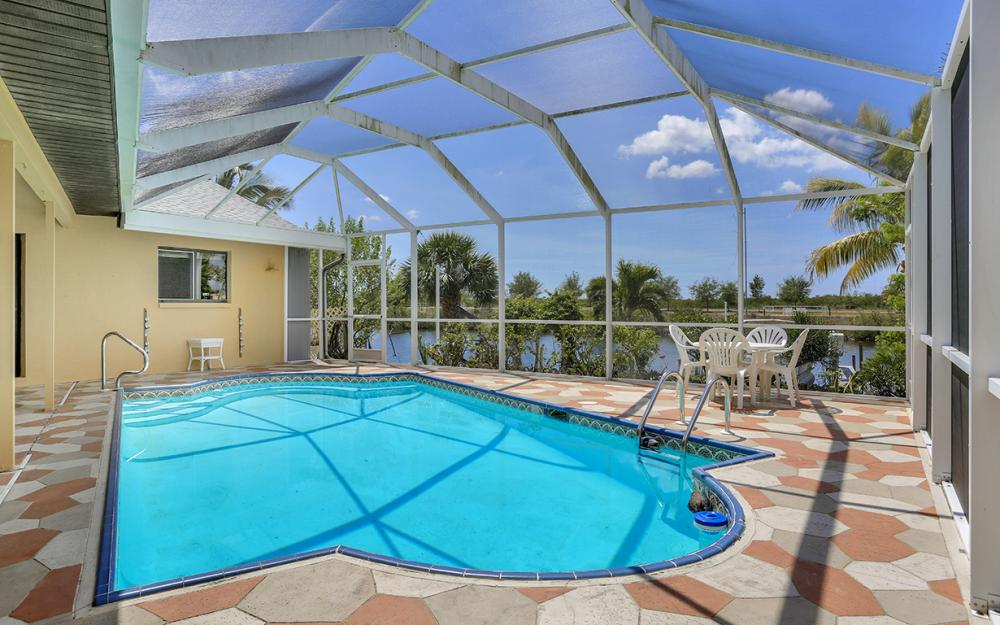 436 SW 39th Ave, Cape Coral - Home For Sale 862254058
