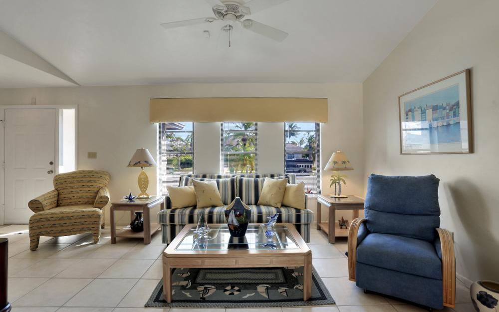 148 Bermuda Rd, Marco Island - Home For Sale 2081728857
