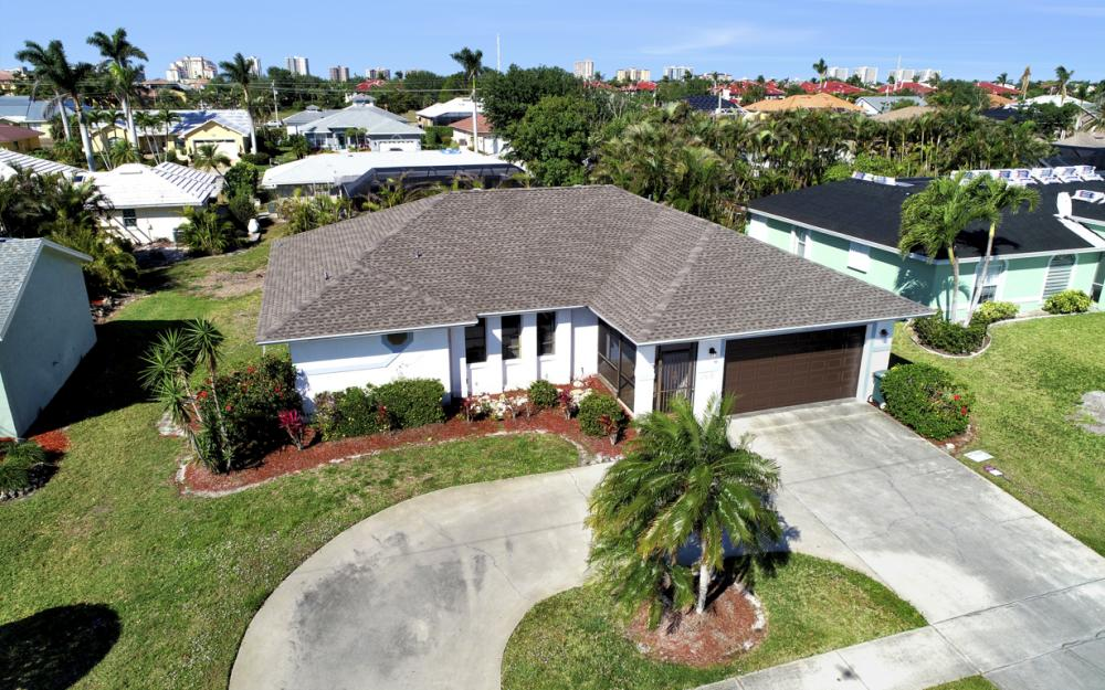 148 Bermuda Rd, Marco Island - Home For Sale 556150774