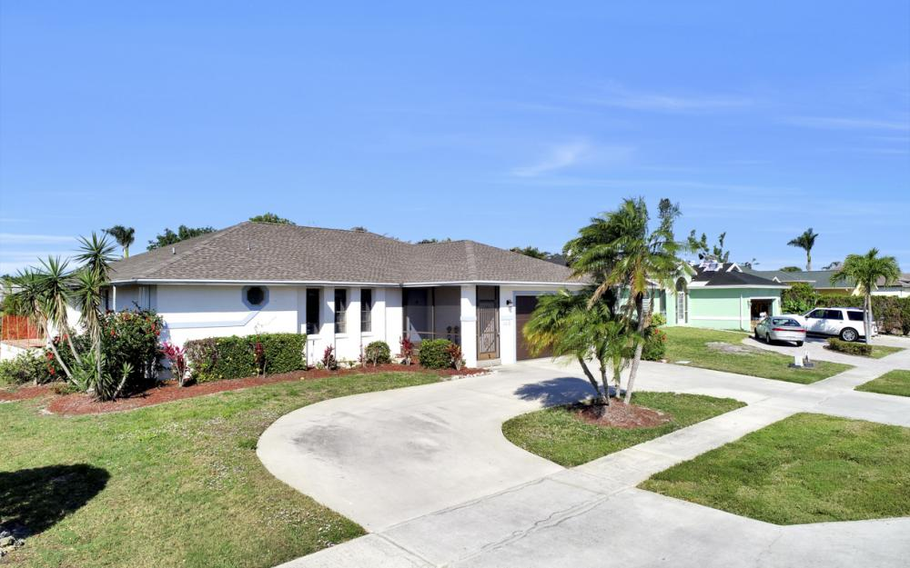 148 Bermuda Rd, Marco Island - Home For Sale 1977784155