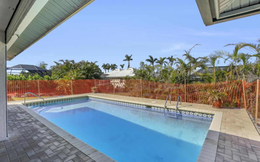148 Bermuda Rd, Marco Island - Home For Sale 651675437