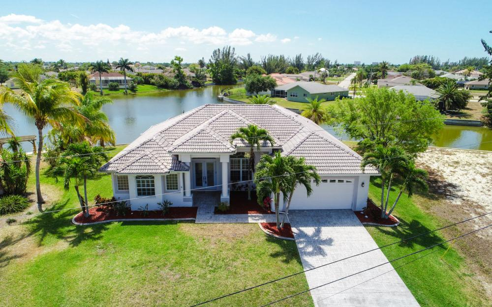 1132 SW 36th Terrace, Cape Coral - Home For Sale 700917835