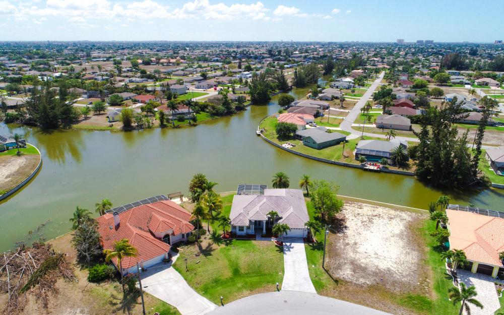1132 SW 36th Terrace, Cape Coral - Home For Sale 1090038682