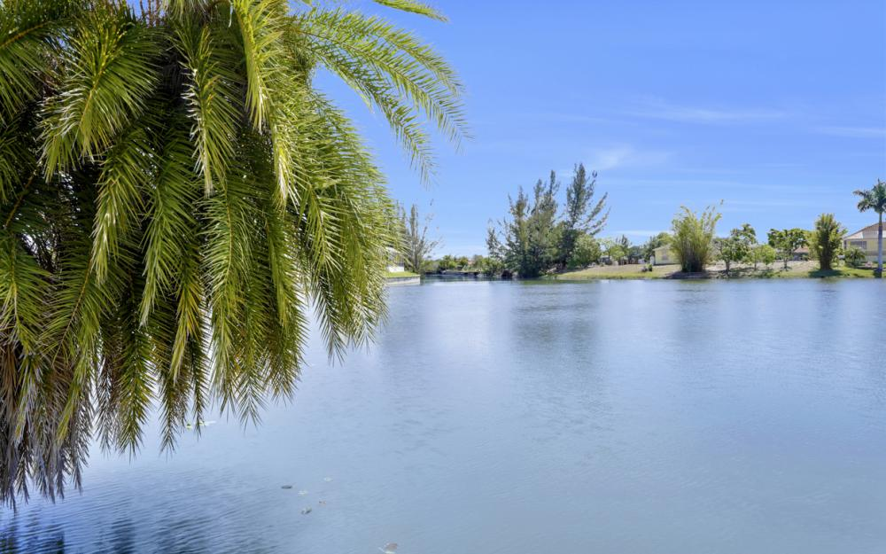 1132 SW 36th Terrace, Cape Coral - Home For Sale 1045575051
