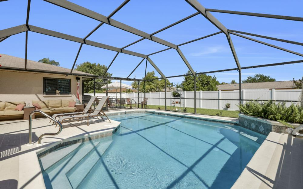 1905 SE Van Loon Ter, Cape Coral - Home For Sale 1084693476