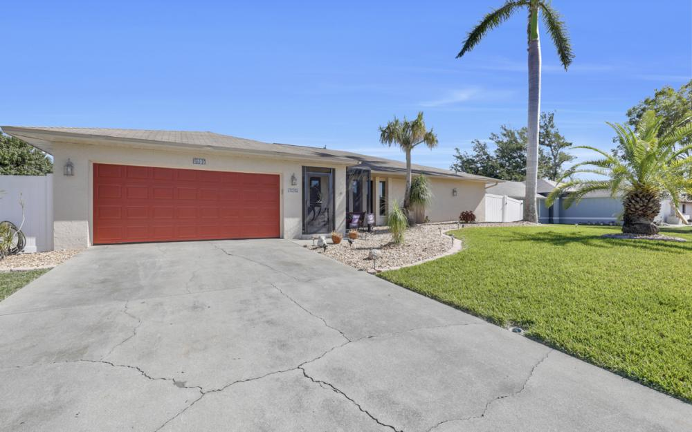 1905 SE Van Loon Ter, Cape Coral - Home For Sale 437858537