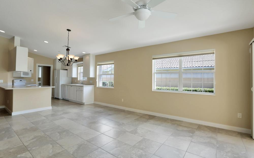 15460 Orlanda Dr, Bonita Springs - Home For Sale 456870306
