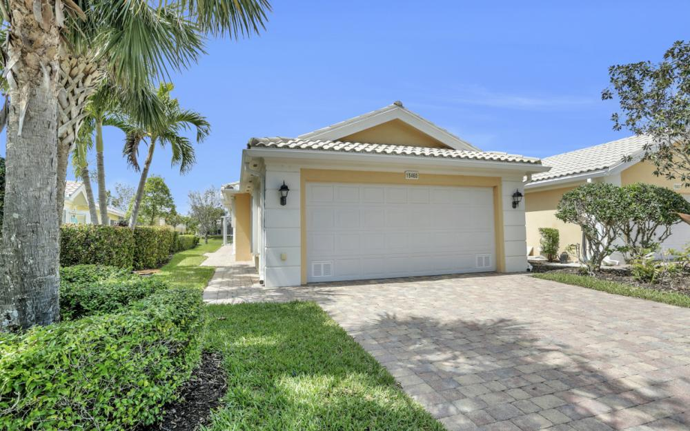 15460 Orlanda Dr, Bonita Springs - Home For Sale 546947815