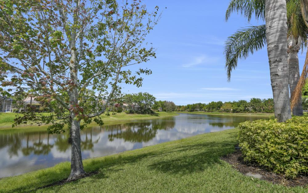 15460 Orlanda Dr, Bonita Springs - Home For Sale 1461708144