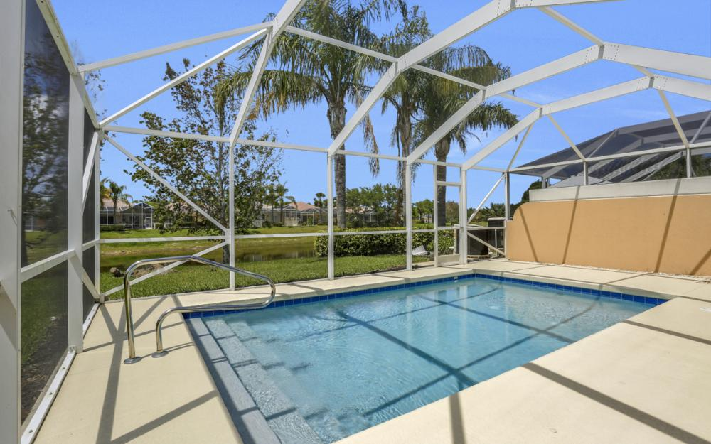 15460 Orlanda Dr, Bonita Springs - Home For Sale 564893186